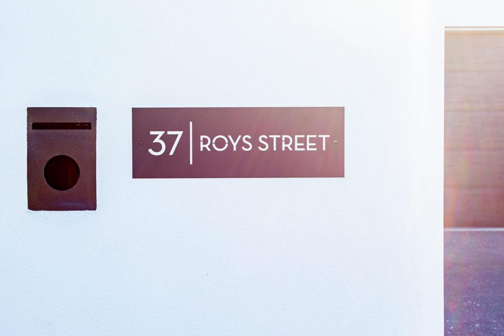 37 Roys Street-24